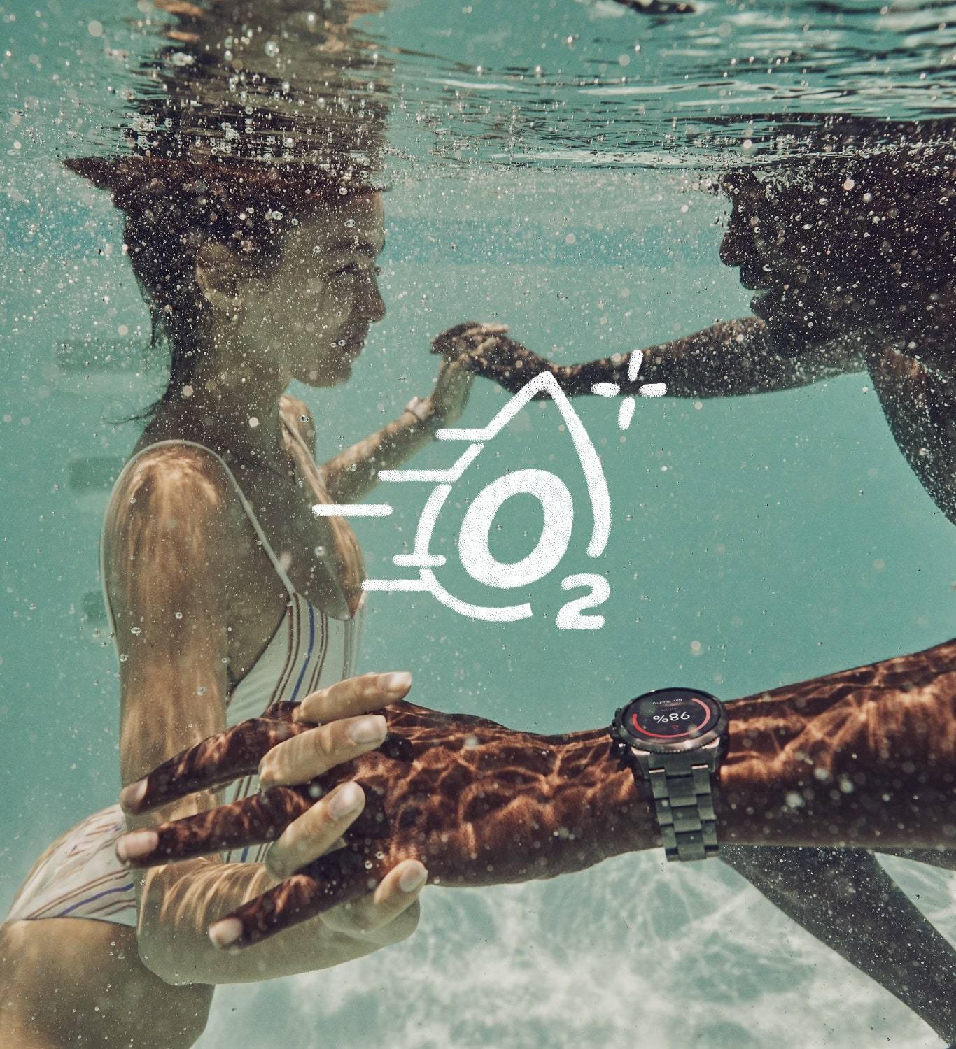 A man and a woman swimming under water with an SpO2 graphic logo.